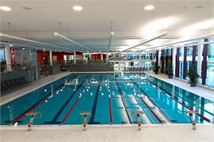Schwimmhalle im Familienbad Bad Reichenhall