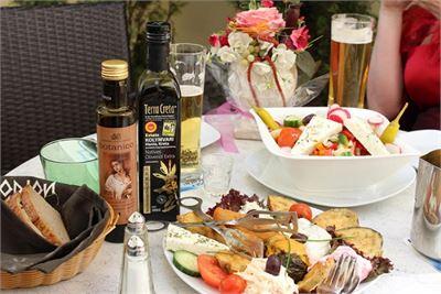 Griechische Spezialitäten im Restaurant Irodion in Salzburg