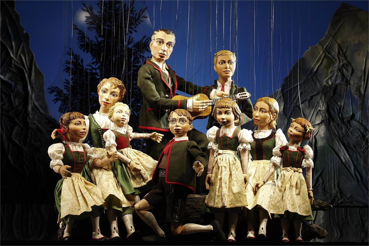 TIP: Sound of Music - Marionette Theatre
